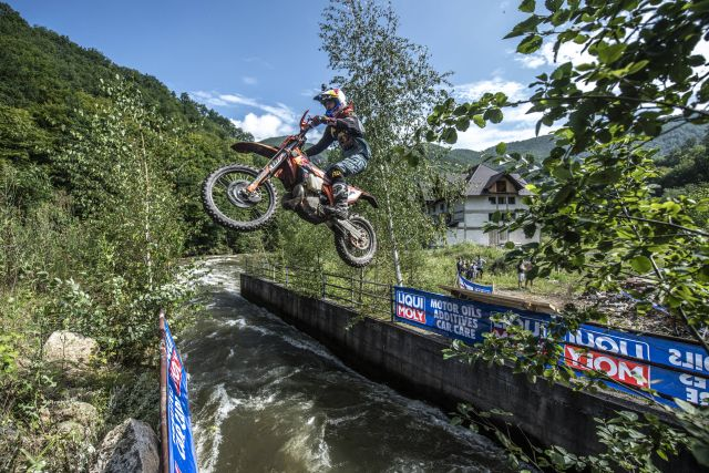 0728 redbullromaniacs end1